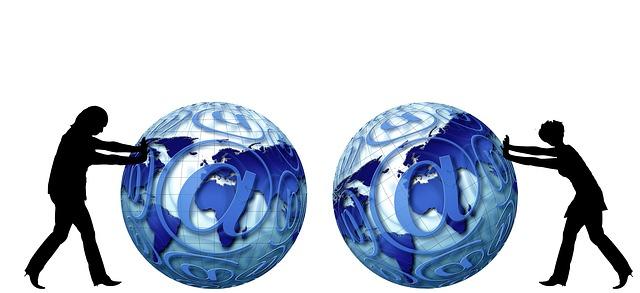 globe-489517_640